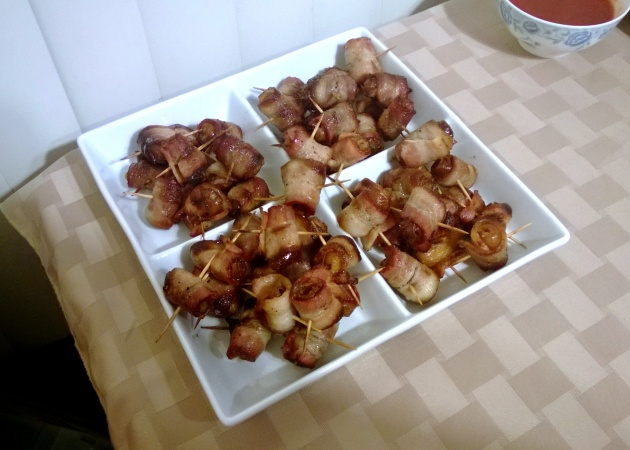 Bacon wrapped dates - I can handle a couple of dates